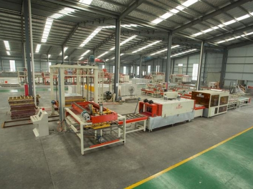 四川全自动PVC贴面板生产线